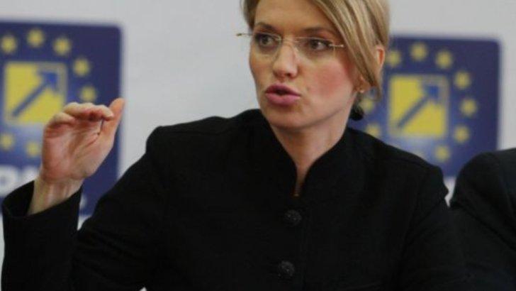 """Legea Alinei Gorghiu: Senatul a votat să trimită pușcăriașii în """"autoizolare"""""""